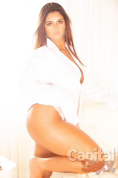 Lorena Dominadora