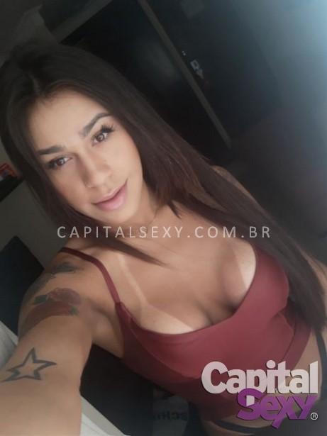 Lia Marquezine