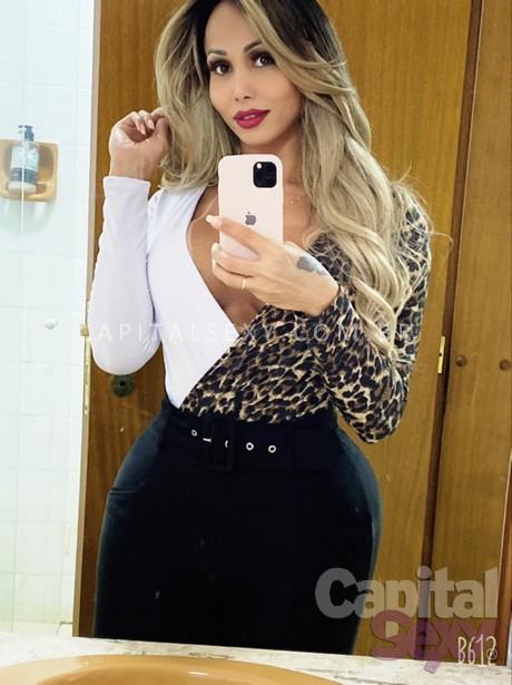 Agatha Ferraz